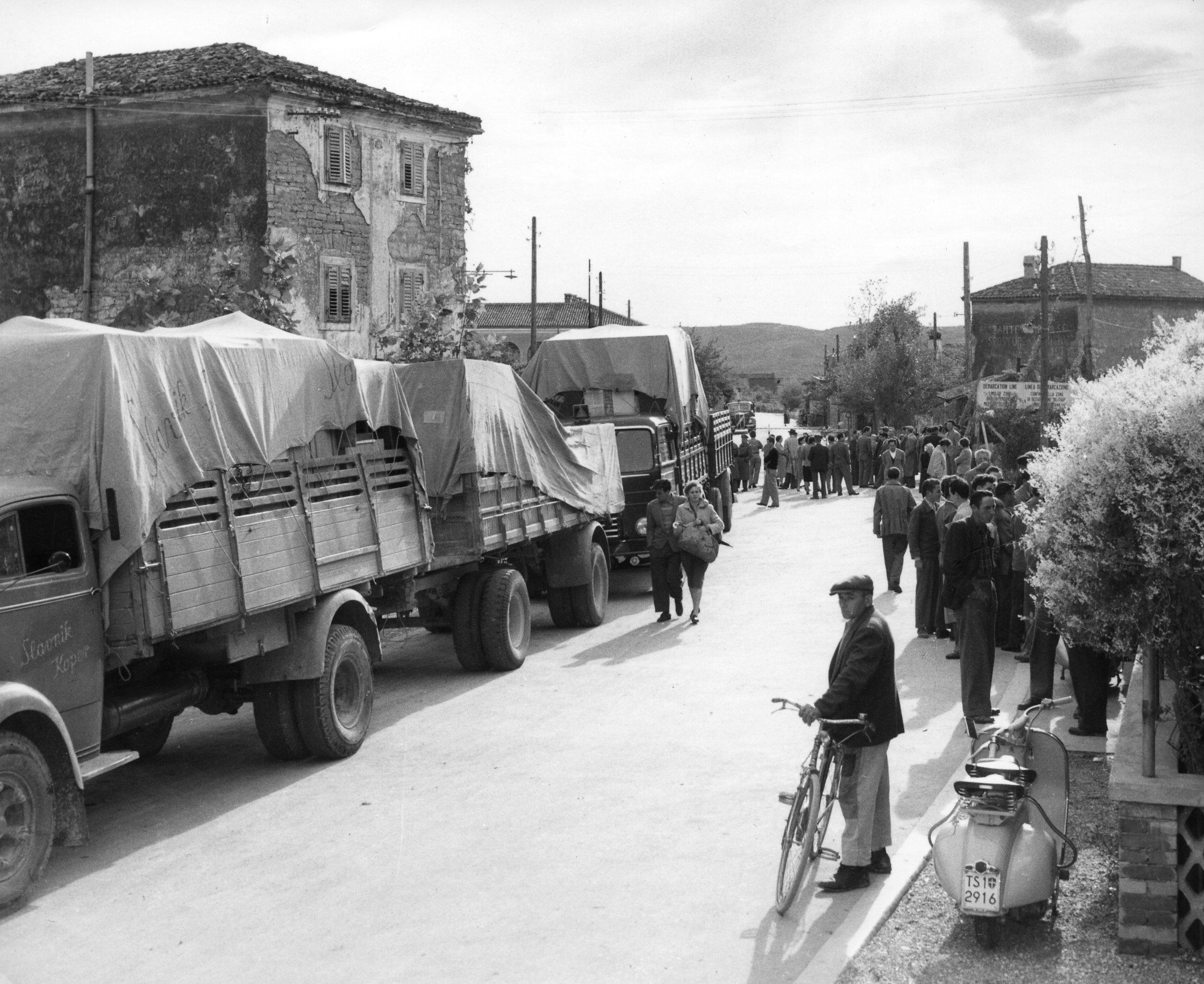 039_IX-22b4 7.10.54 esodo Istria_7_ottobre_1954_Albaro_Vescova